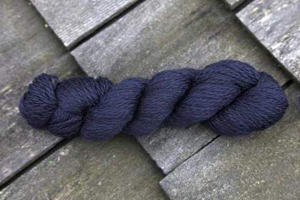 BLUE FACED BLEND DK SUPERWASH - BLACK (01)